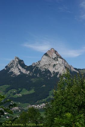 Die Mythen sind ein Bergmassiv in den Schwyzer Voralpen