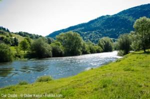 Der Doubs - Fluss im Kanton Jura