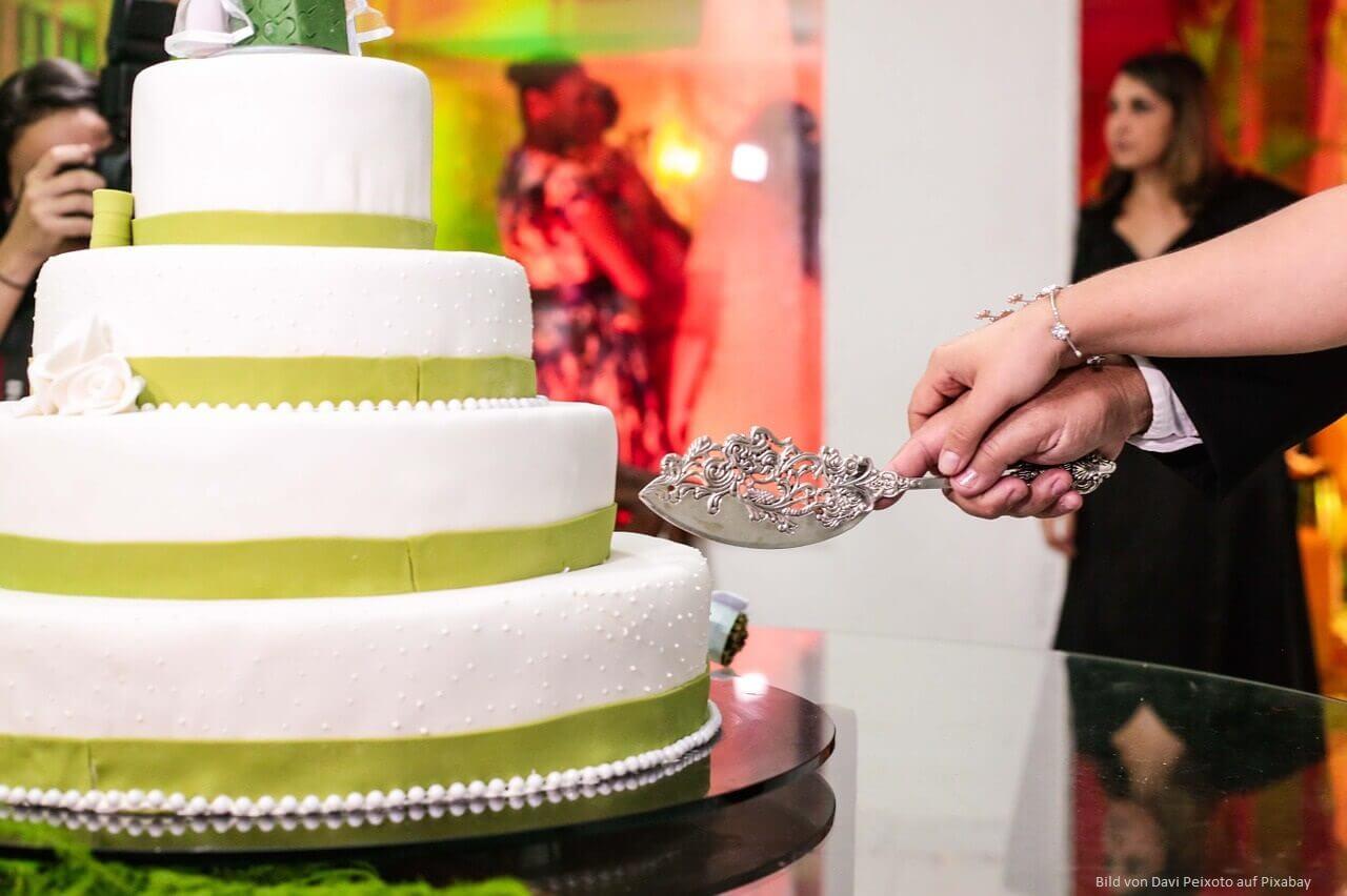 Die Hochzeitstorte: Krönung einer einzigartigen Feier